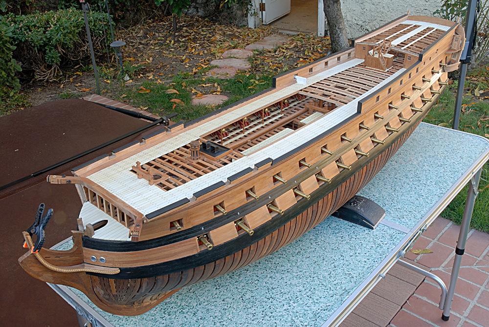 74 gun ship094 - dziob  w budowie.jpg