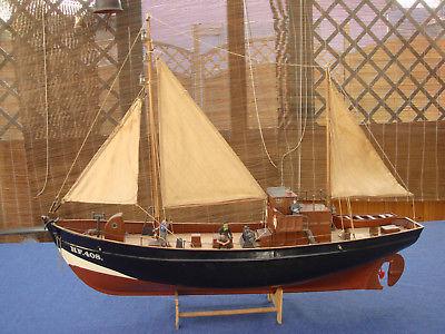 Fischkutter-ELKE-HF408-v-Graupner-L-666mm.jpg