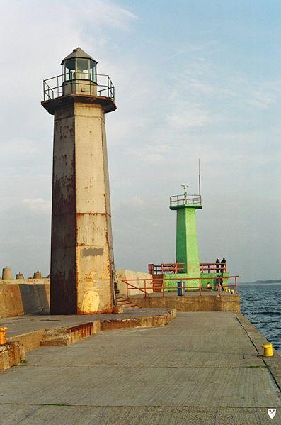 397px-Władysławowo_wejście_do_portu.jpg