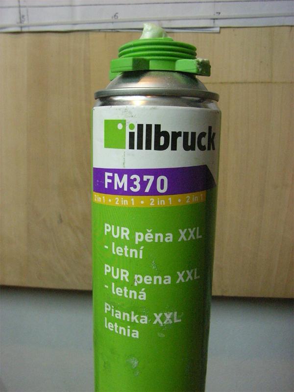 holen, pianka PU  illbruck FM 370_01a.jpg