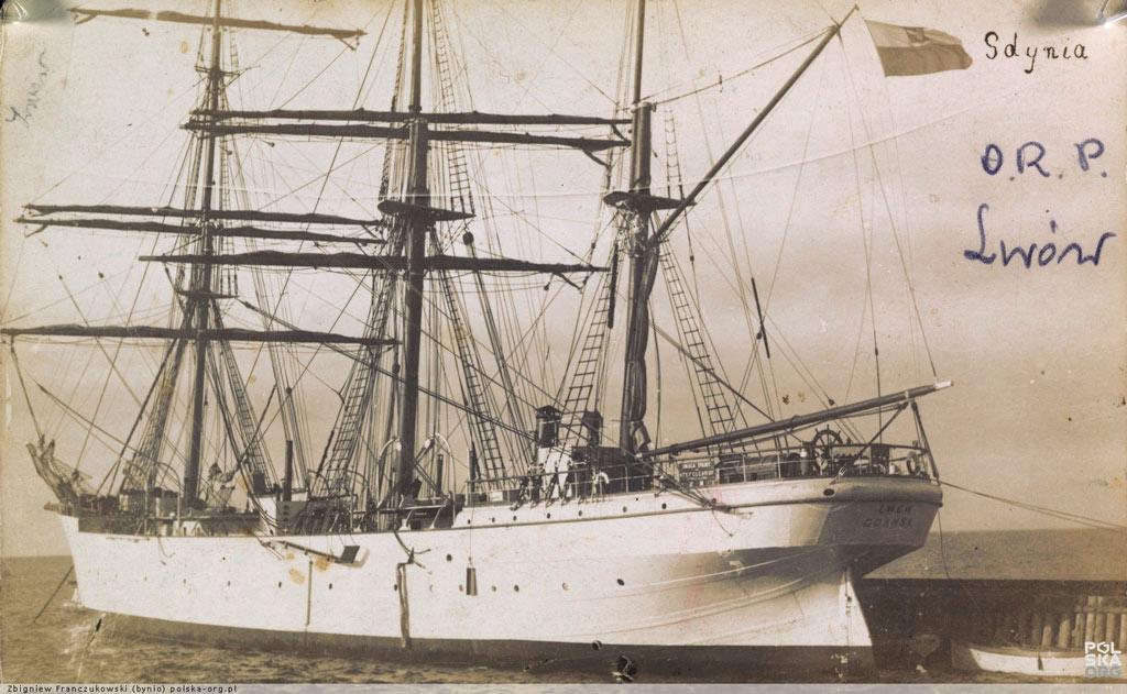 STS_Lwow_1931_Gdynia.jpg