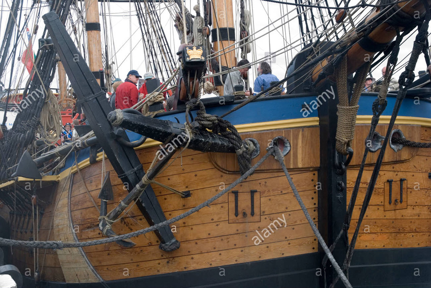 Endeavour's fishing the anchor.jpg
